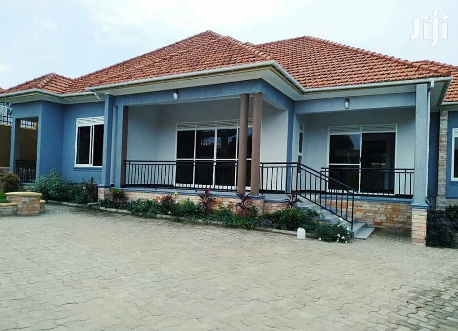 Carve Out The Good Lifestyle In This 4 Bedroom Home In Kira