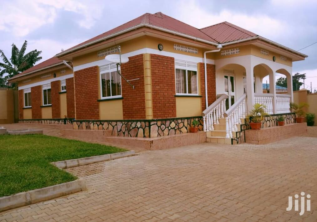 Elegant and Classic 4bedroom Home in Naalya Namugongo | Houses & Apartments For Sale for sale in Kampala, Central Region, Uganda