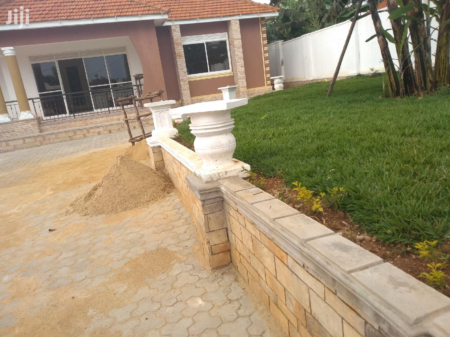 Spacious Mansion Kira Kiwatule Road With Ready Land Title | Houses & Apartments For Sale for sale in Kampala, Central Region, Uganda