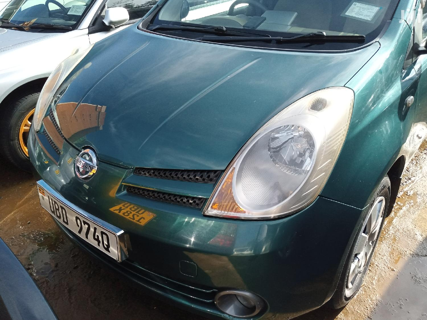 Archive: New Nissan Note 2005 Green
