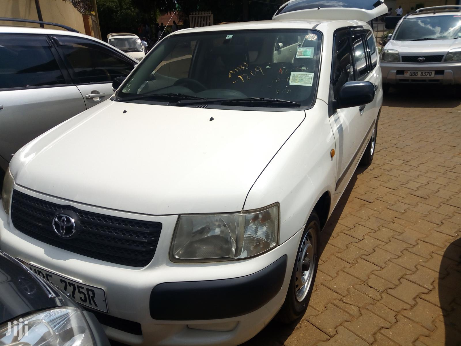 Toyota Succeed 2005 White